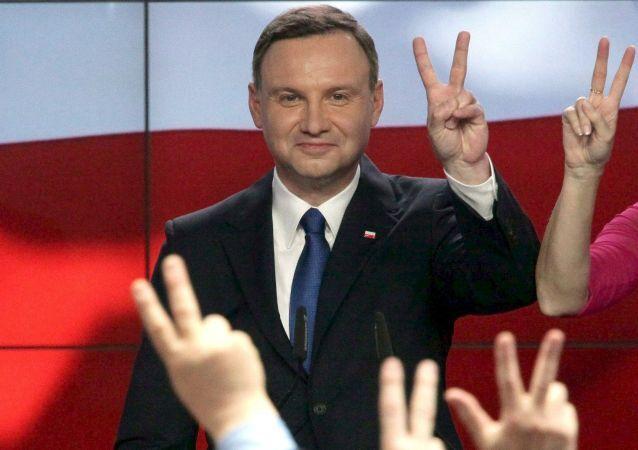 Polonia, neo-elettopresidente Andrzej Duda