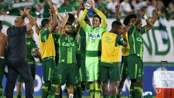 Players of Chapecoense celebrate after their match against San Lorenzo at the Arena Conda stadium in Chapeco, Brazil, November 23, 2016. - Sputnik Italia