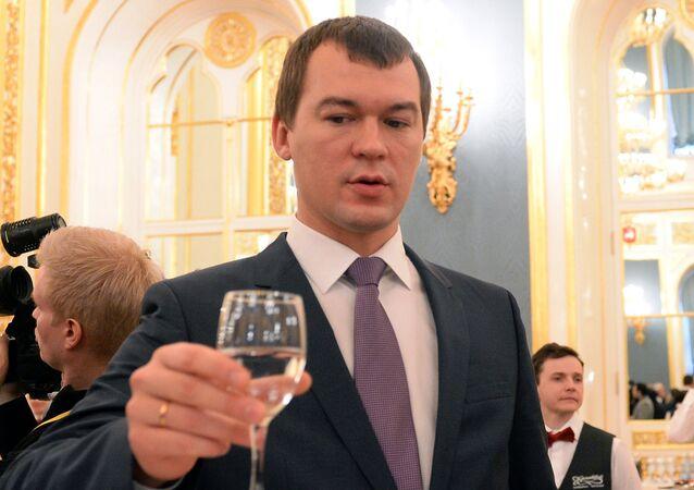 Prima dell'intervento del presidente Putin, nella sala di San Giorgio rinfresco per i presenti