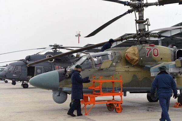 Elicotteri d'attacco Ka-52 Alligator in dotazione dell'esercito russo. - Sputnik Italia