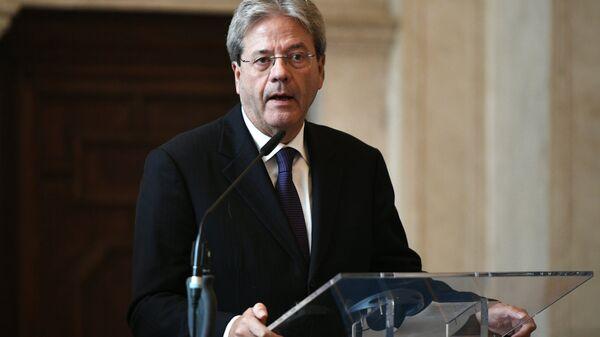 Paolo Gentiloni durante la conferenza stampa con il suo omologo russo Sergei Lavrov a Roma. - Sputnik Italia