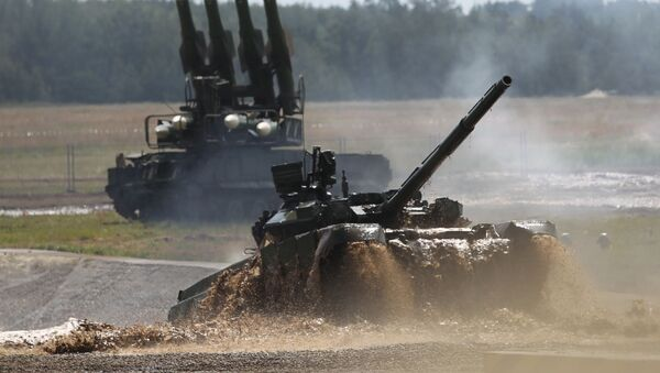 Il carro armato T-90 è il più avanzato dell'esercito russo, in servizio dal 1995. - Sputnik Italia