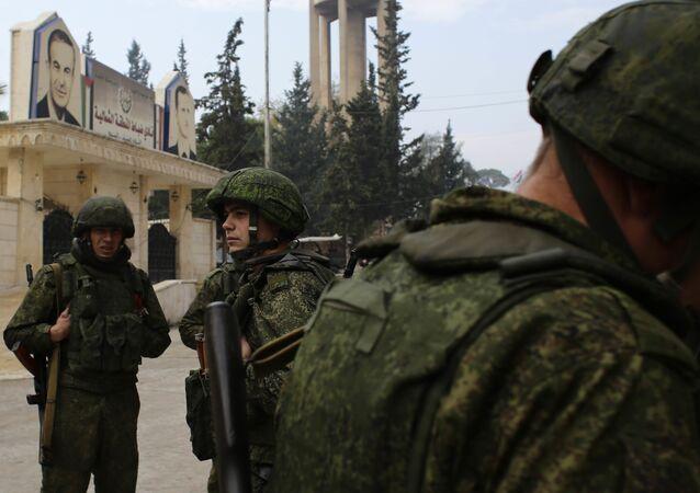 Soldati russi in Aleppo in Siria