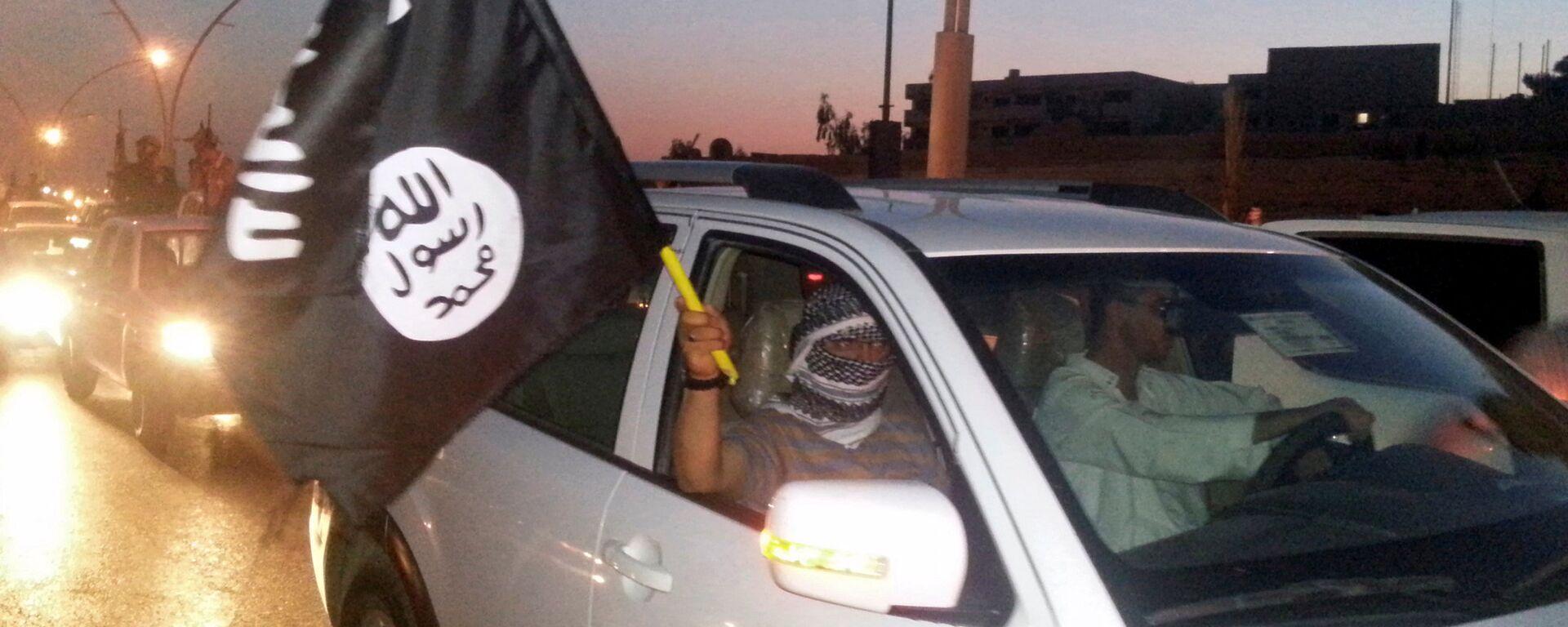 Militanti dell'ISIS a Mosul - Sputnik Italia, 1920, 11.07.2021