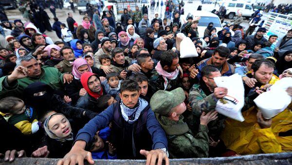 Evacuazione dei civili da Aleppo est - Sputnik Italia