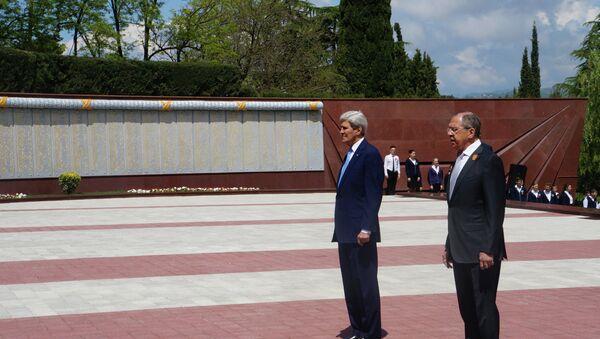 John Kerry e Sergej Lavrov a Sochi - Sputnik Italia
