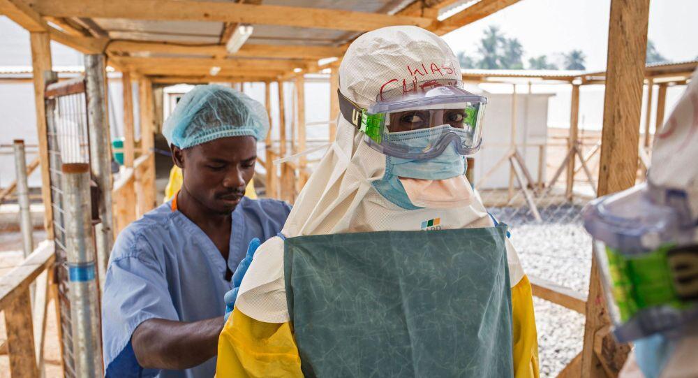 L'infermiere italiano era rimasto infettato dall'Ebola durante la sua permanenza in un campo Emergency in Sierra Leone.
