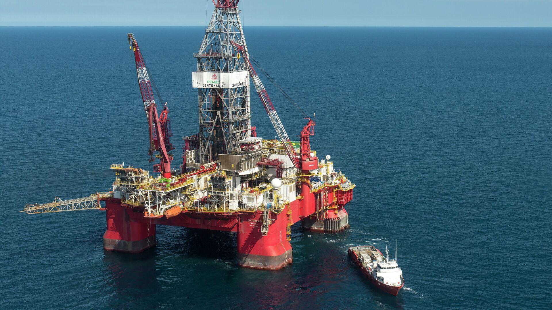 Trivella petrolifera nel Golfo del Messico - Sputnik Italia, 1920, 23.08.2021