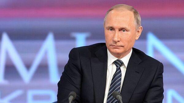 Putin alla conferenza stampa annuale - Sputnik Italia