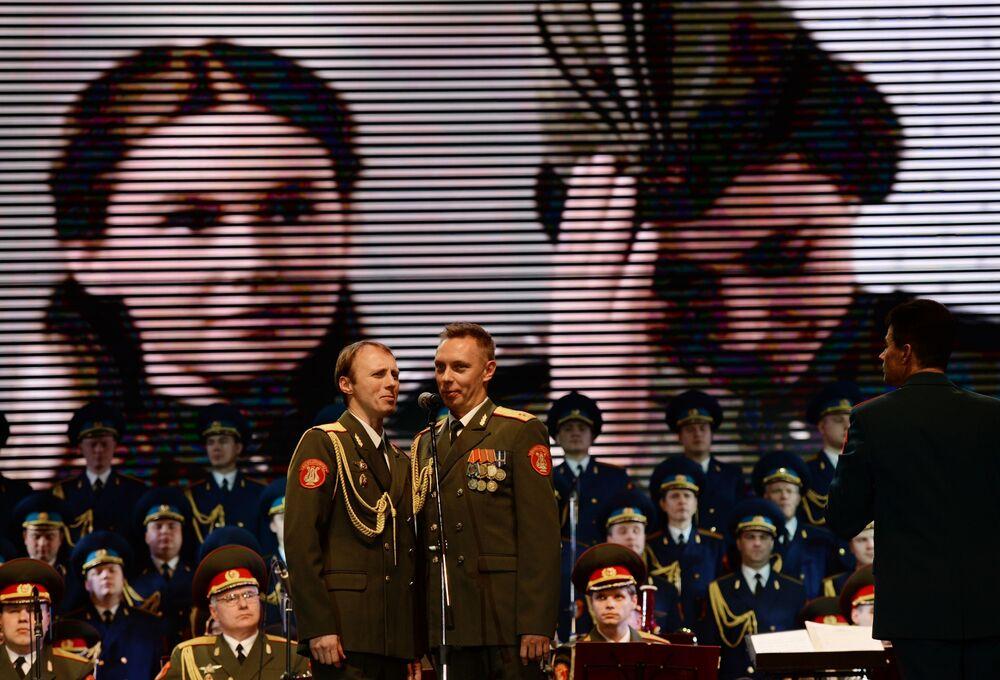 Il Coro Aleksandrov al Festival invernale dell'arte a Sochi.