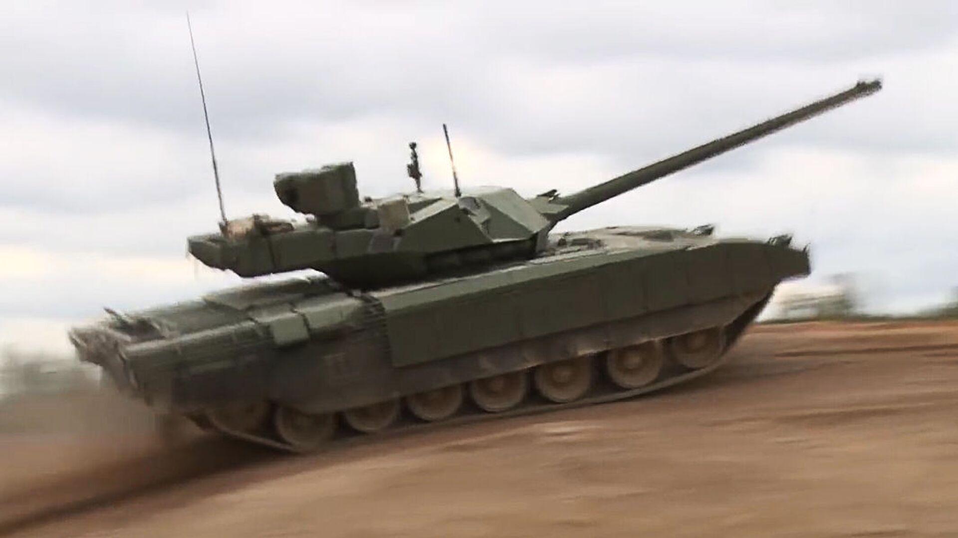 Tank russo T-14 Armata - Sputnik Italia, 1920, 27.08.2021