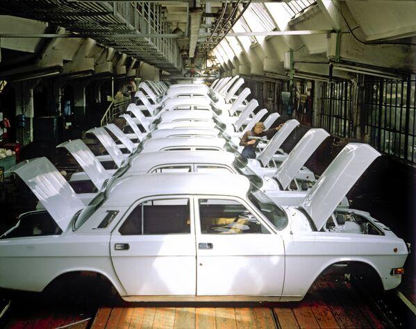 Automobili: le perle della GAZ. - Sputnik Italia
