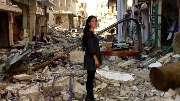 L'attrice boliviana Carla Ortiz in Siria - Sputnik Italia