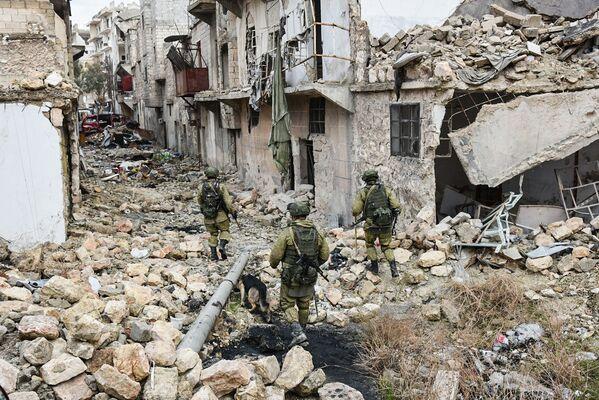 Gli sminatori russi in azione ad Aleppo - Sputnik Italia