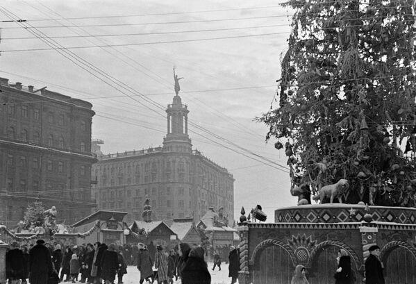 Come si festeggiava Capodanno nell'URSS - Sputnik Italia