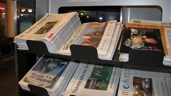 Zeitungen (Symbolbild) - Sputnik Italia