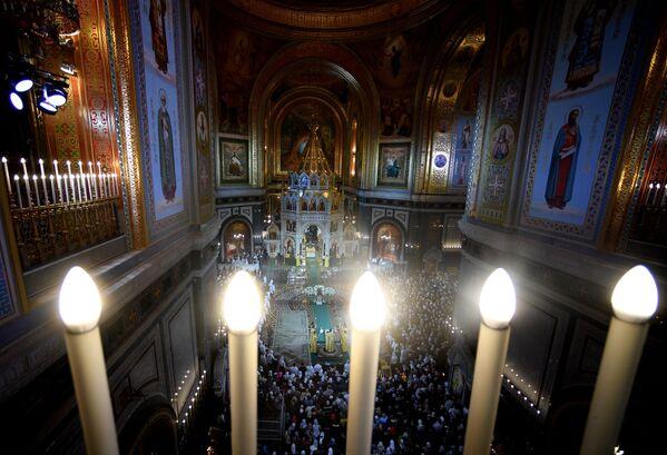La messa di Natale nella Cattedrale di Cristo Salvatore a Mosca. - Sputnik Italia