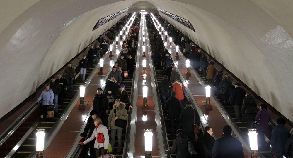 Scale mobili nella metro di Mosca (foto d'archivio)