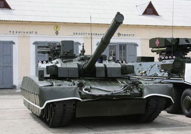 Tank ucraino T-84U Oplot