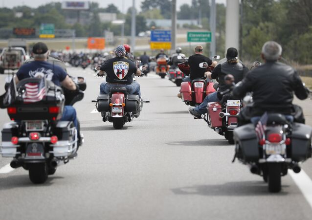 Motociclisti del gruppo Bikers for Trump