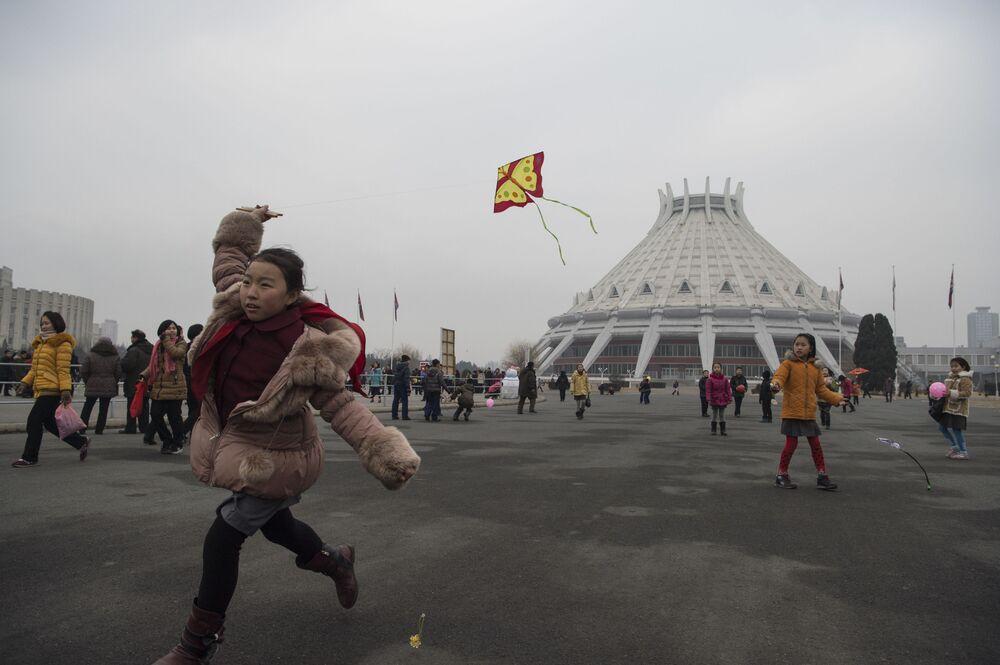 Corea del Nord tra lavoro e festività