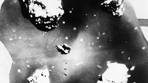 Diamond-graphite growths from the place where the Tunguska meteorite fell on the Podkamennaya Tunguska River near Vanavara, Krasnoyarsk Territory. (File) - Sputnik Italia