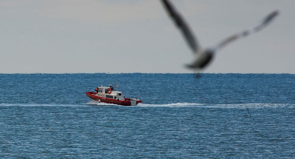 Battello dell'Emercom russo sul Mar Nero