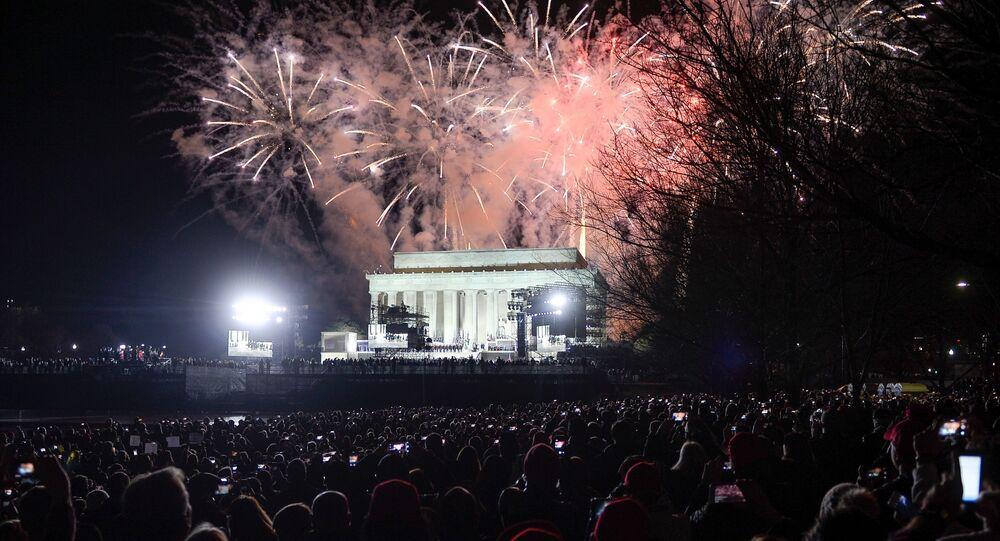 Fuochi d'artificio in onore dell'insediamento di Trump