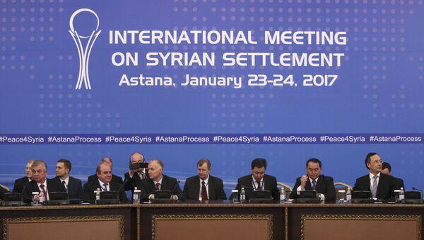 Participants of Syria peace talks attend a meeting in Astana, Kazakhstan January 23, 2017. - Sputnik Italia