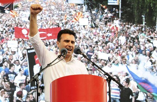 Il leader dell'opposizione macedone Zoran Zuev. - Sputnik Italia