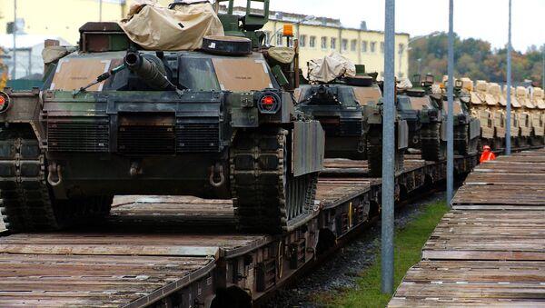 M1A2 Abrams in trasferimento - Sputnik Italia