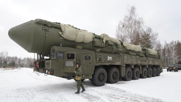 Mobile launcher 'Yars' missile system on the territory of Teykovo air defence missile formation in Ivanovo region. - Sputnik Italia