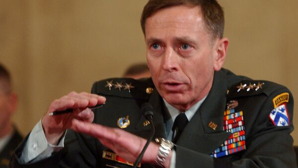 Lt. Gen. David Petraeus testifies on Capitol Hill in Washington, Tuesday, Jan. 23, 2007, before the Senate Armed Services Committee's confirmation hearing on his nomination to Multi-National Forces in Iraq. - Sputnik Italia