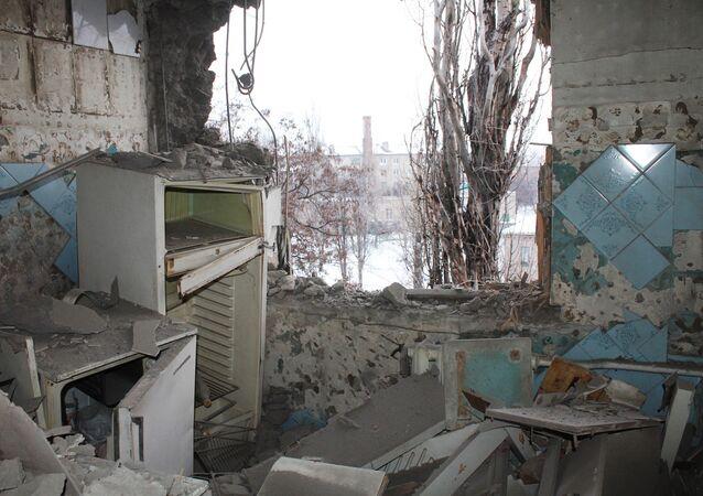 Donetsk dopo bombardamenti
