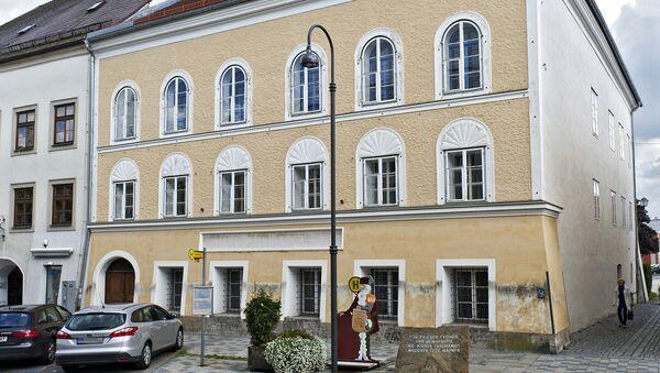 Braunau, casa in cui è nato Adolf Hitler - Sputnik Italia