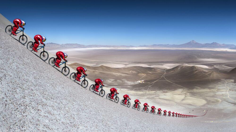 Il ciclista austriaco Markus Stoeckl al festival VMax 200 nel deserto di Atacama nel Cile.