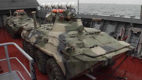 Le esercitazioni dei mezzi da sbarco della Flotta del Baltico - Sputnik Italia