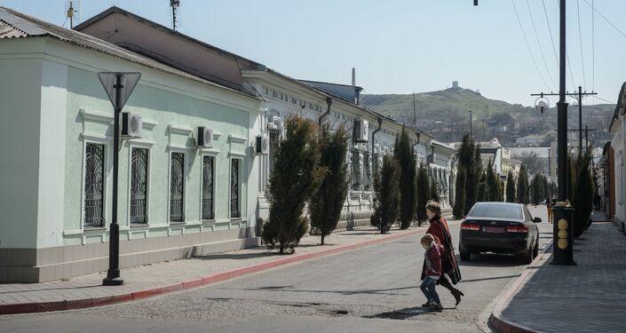 Un'altra veduta di una via di Kerch