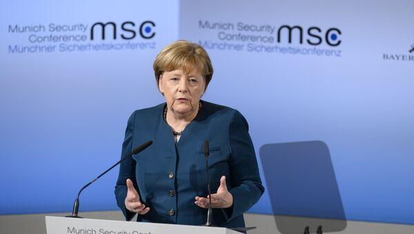 Angela Merkel alla Conferenza sulla Sicurezza di Monaco di Baviera - Sputnik Italia