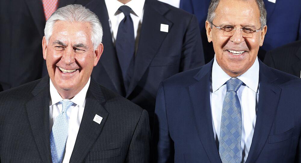 Sergey Lavrov e Rex Tillerson