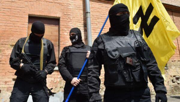 Attivisti del movimento ucraino Settore Destro - Sputnik Italia