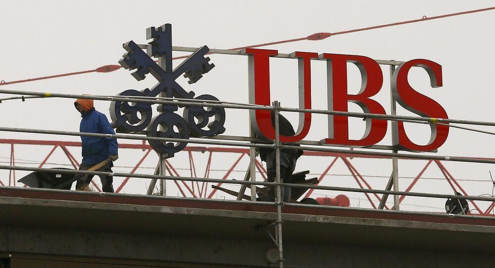 La banca svizzera UBS ed altre 5  grandi banche  si stanno mettendo d'accordo con le autorità americane per pagare una multa miliardaria per le manipolazioni dei mercati Forex,
