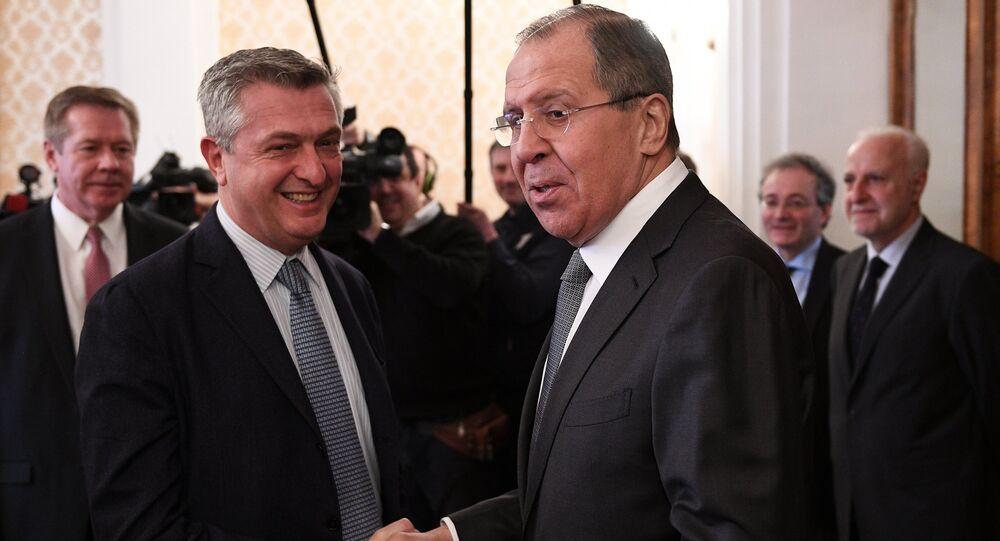 Sergei Lavrov e Filippo Grandi
