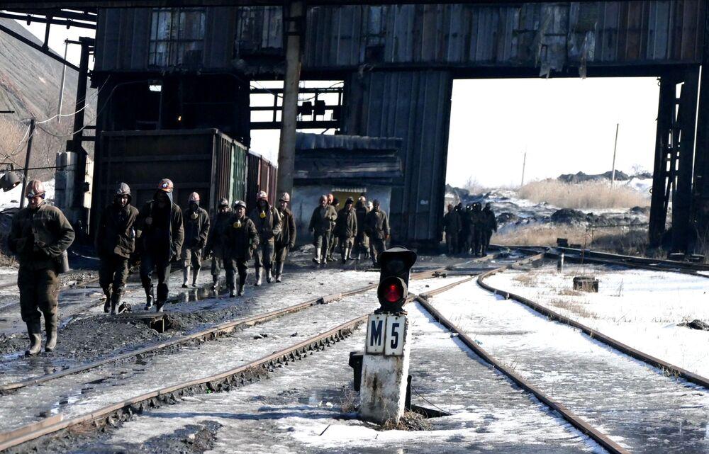 Donbass, in miniera nonostante le bombe