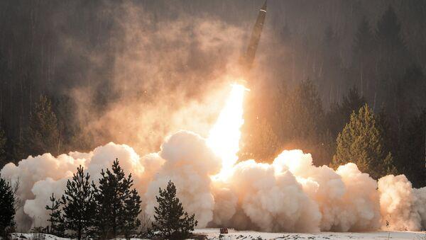 Il lancio del Tochka-U - Sputnik Italia