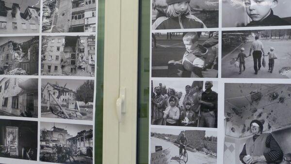 Mostra a Verona dedicata ai bambini vittime della guerra nella Repubblica di Donetsk. - Sputnik Italia