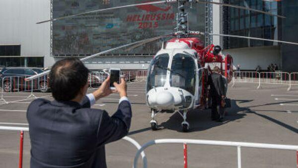 Вертолет КА-226Т на VIII Международной выставке вертолетной индустрии HeliRussia 2015 - Sputnik Italia
