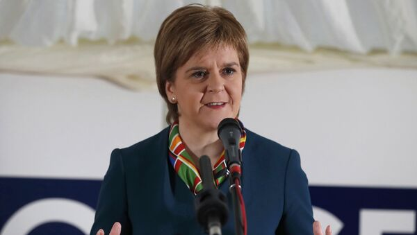 Scotland's First Minister Nicola Sturgeon attends the completion of a 330 million pound deal to buy Britain's last remaining Aluminium smelter in Fort William Lochaber Scotland, Britain December 19, 2016 - Sputnik Italia