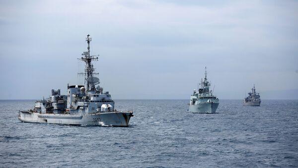 Warships participate in NATO's Dynamic Manta 2017 anti-submarine warfare exercise, in the Mediterranean sea, Italy March 13, 2017. Picture taken March 13, 2017 - Sputnik Italia