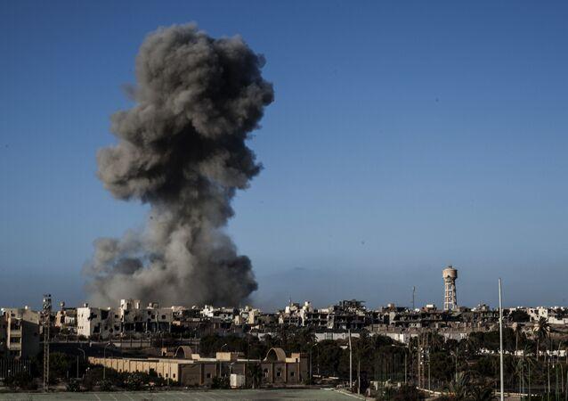 Dopo un bombardamento a Sirte, Libia